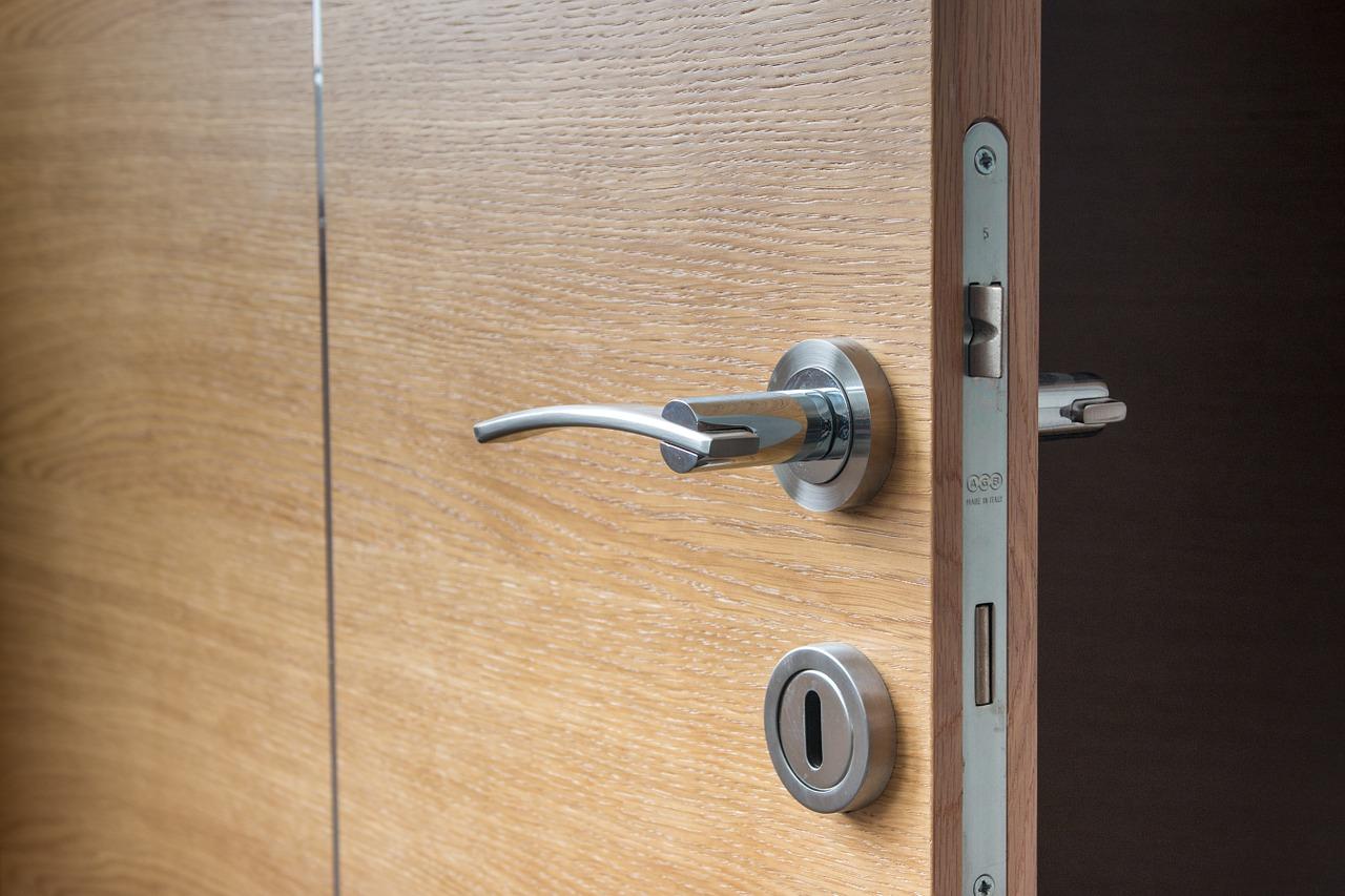 Les différents systèmes de fermeture d'une porte
